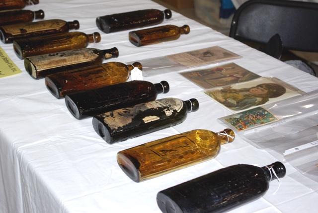Baltimore Antique Bottle Show 2009